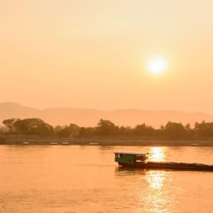 Von Nord-Thailand nach Laos auf dem Mekong ab Chiang Mai: Thailand Nordthailand Chiang Rai Khong Fluss