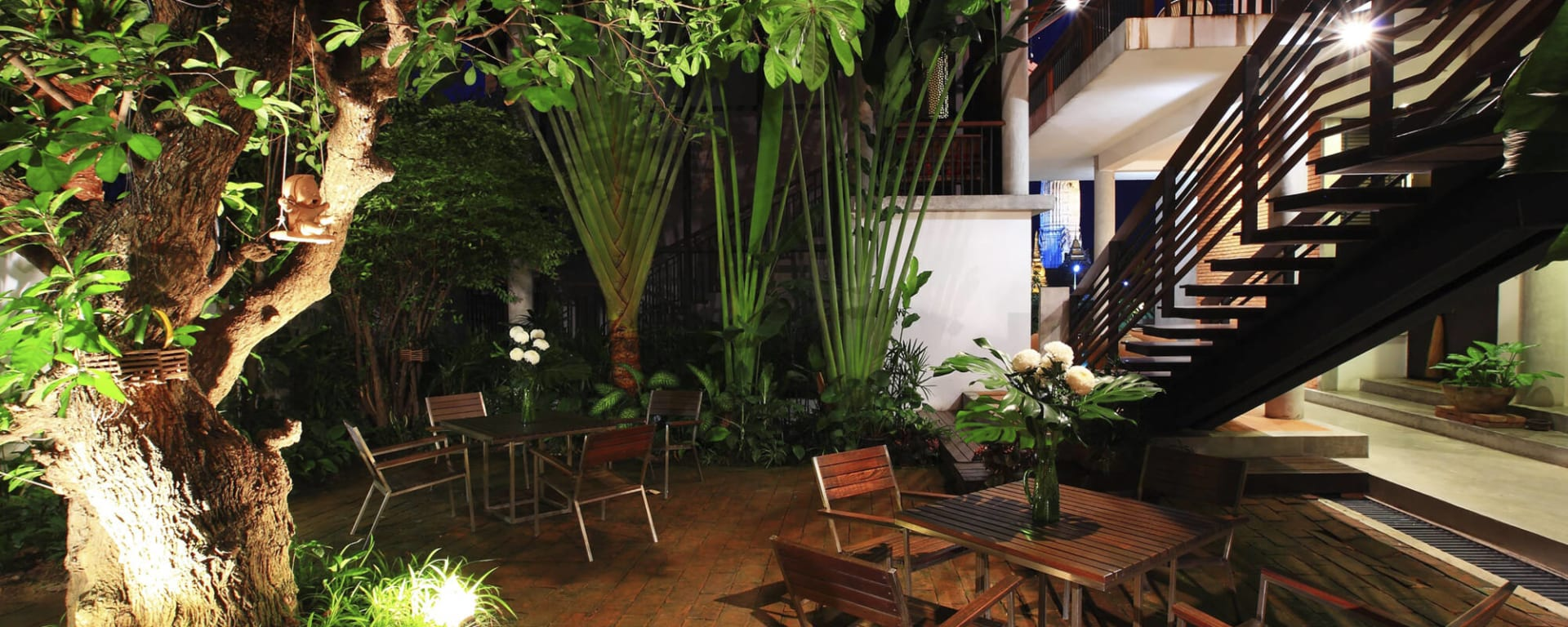 IUDIA on the River in Zentralthailand: Ayutthaya iuDia A Boutique Hotel On The River Cafe