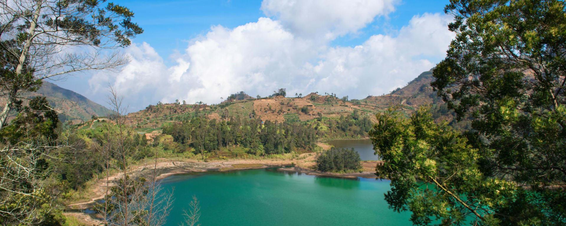 Entdeckertour Mittel-Java ab Yogyakarta und Umgebung: Indonesien Java Telaga Warna Dieng Plateau