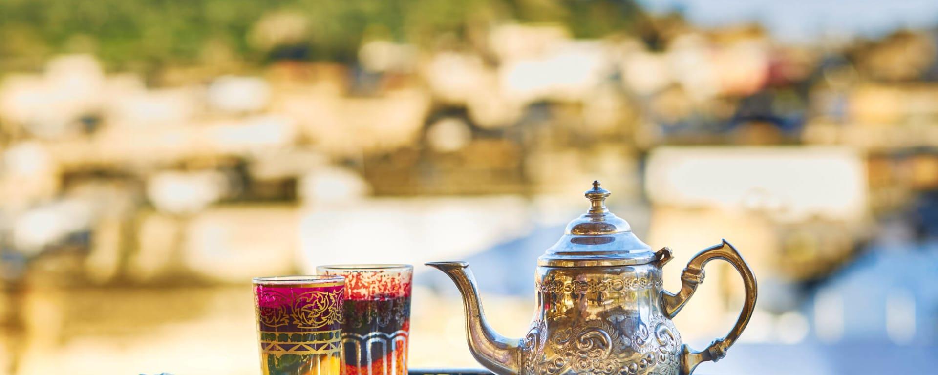 Marokko für Genießer: Die Glanzlichter des Königreichs ab Casablanca: Marokko Traditioneller Minztee