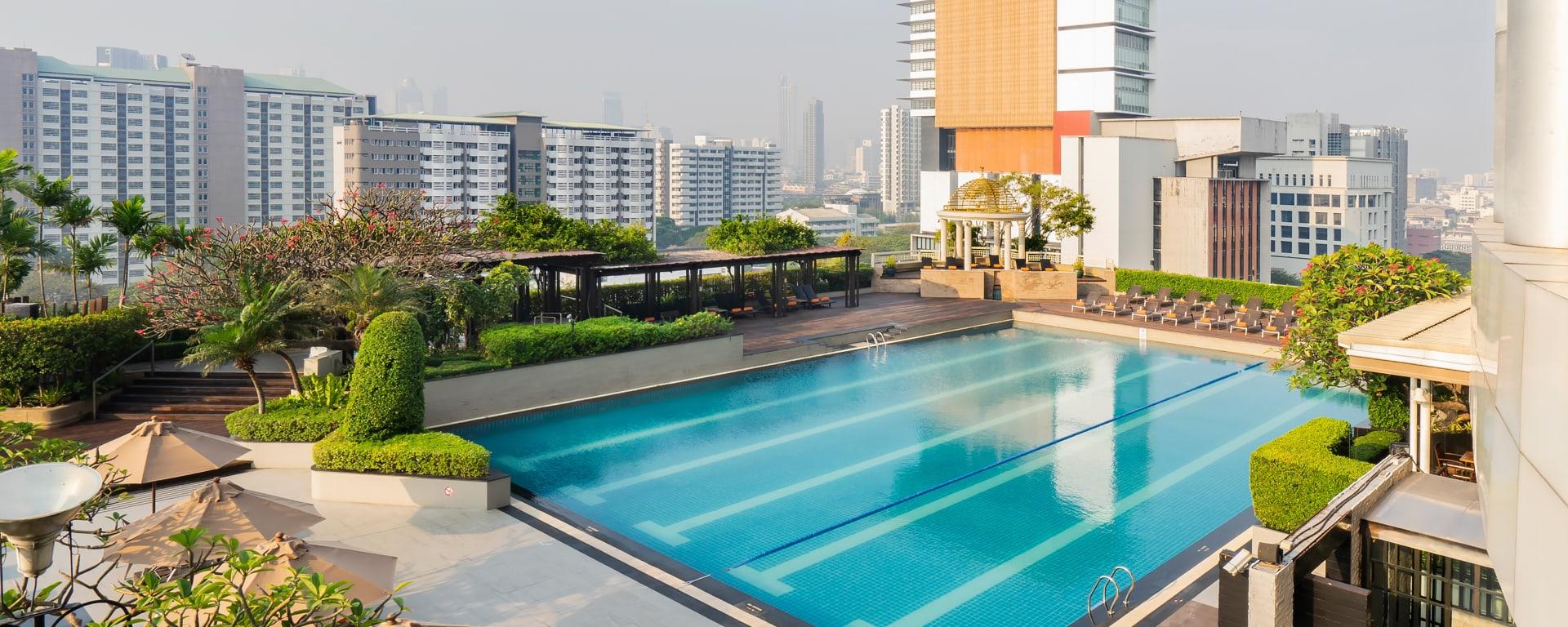Pathumwan Princess in Bangkok: Bangkok Pathumwan Princess Hotel Pool