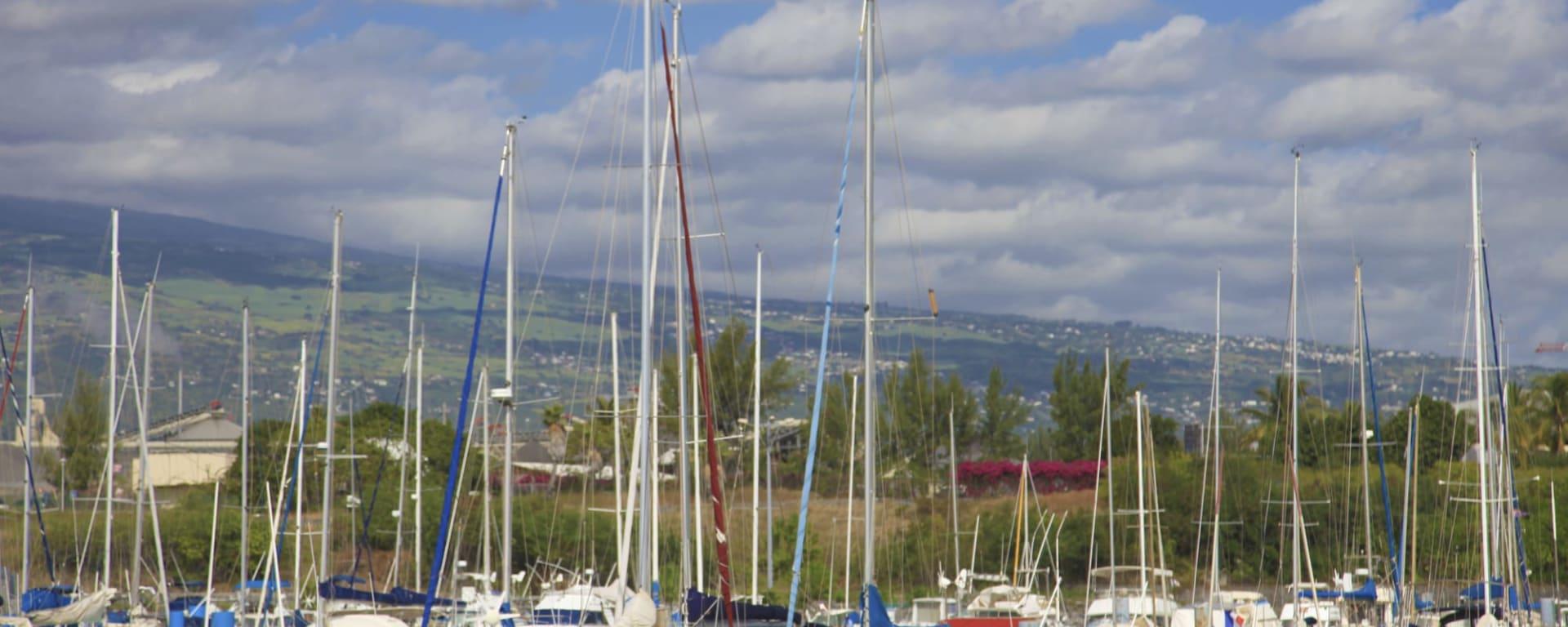 Piton Maido & St. Paul, FR, Halbtägig in Küstenregion: Réunion St. Paul Hafen