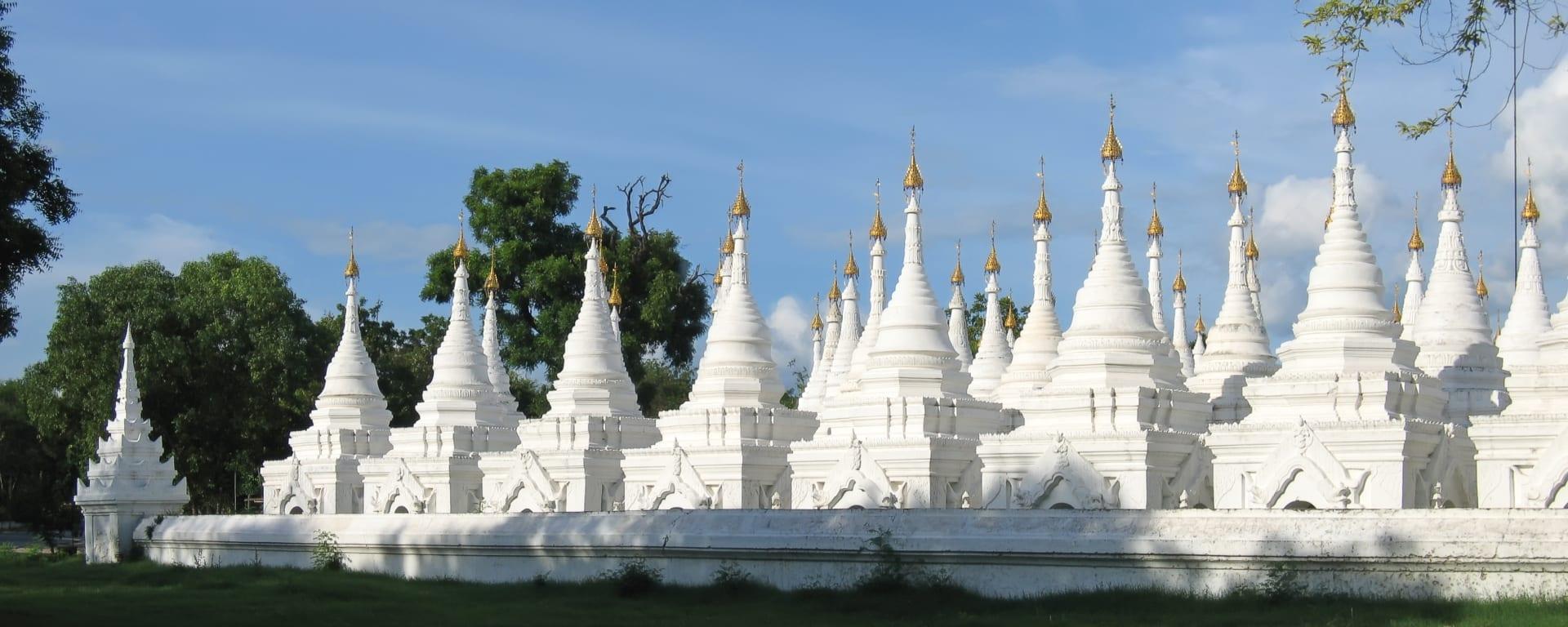 Myanmar entdecken mit Tischler Reisen: Myanmar Mandalay Kuthodaw Tempel
