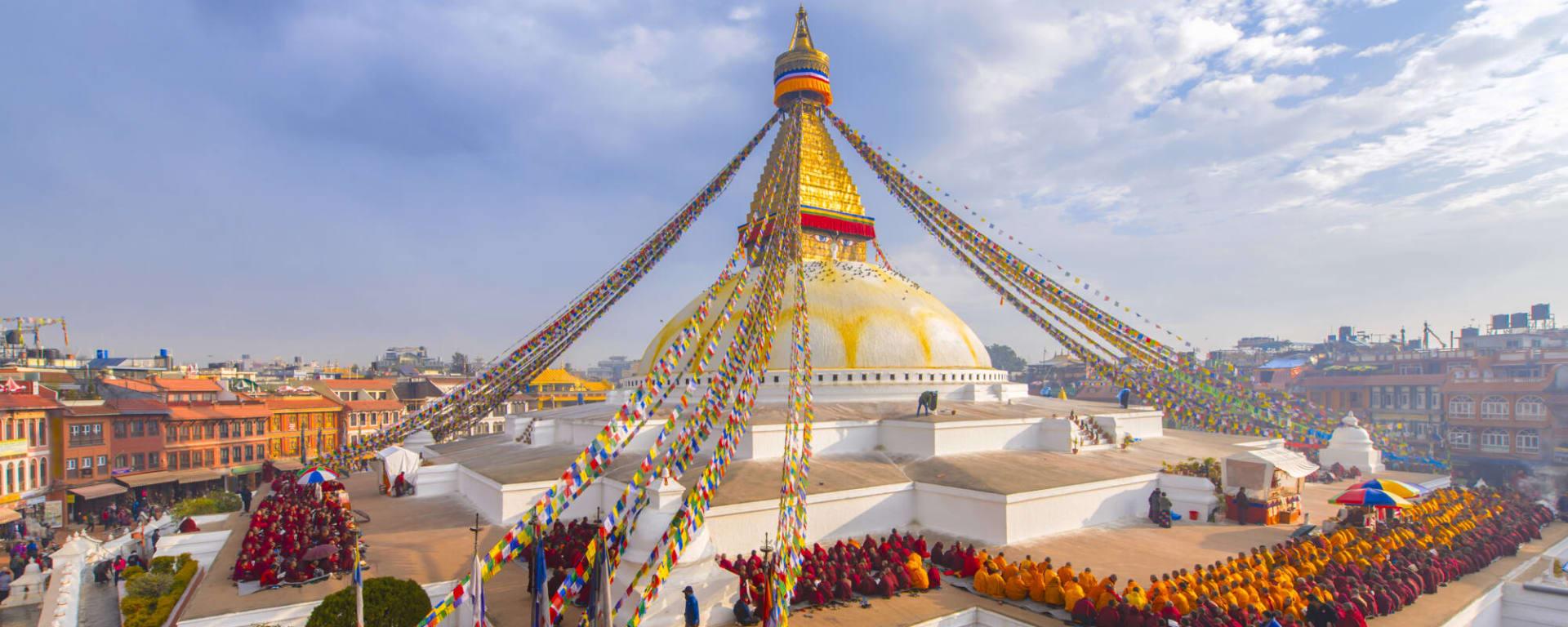 Nepal entdecken mit Tischler Reisen: Nepal Kathmandu Boudhanath Stupa