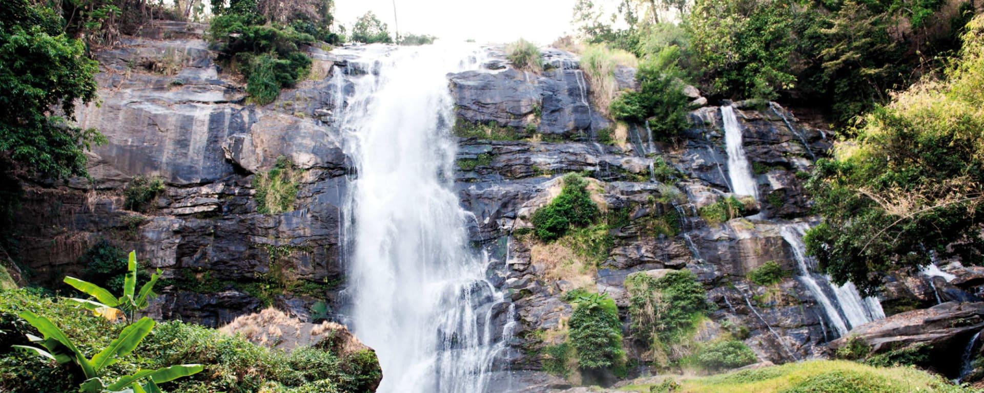 Mietwagenreise Mae Hong Son ab Chiang Mai: Thailand Nordthailand Wasserfall