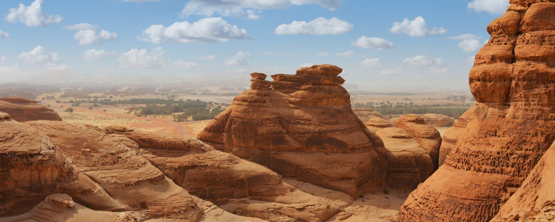 Saudi Arabien entdecken mit Tischler Reisen: Saudi Arabien Madain Saleh Felsformationen