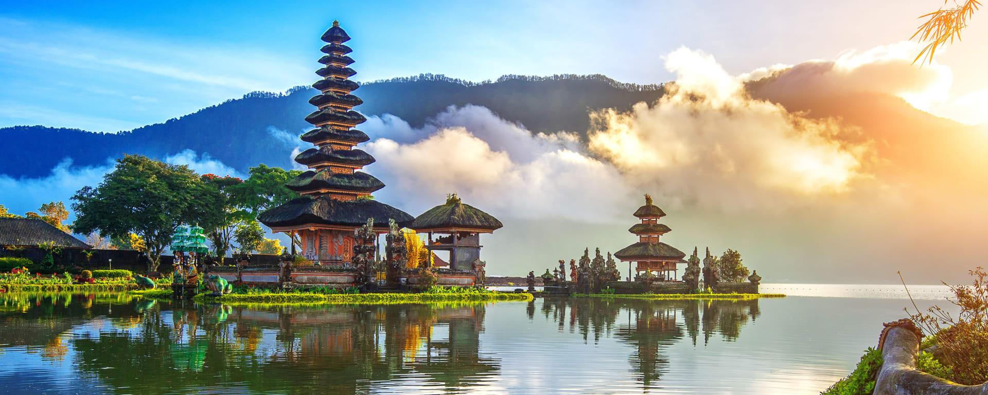 Indonesien entdecken mit Tischler Reisen: Indonesien Bali Pura Ulun Danu Bratan