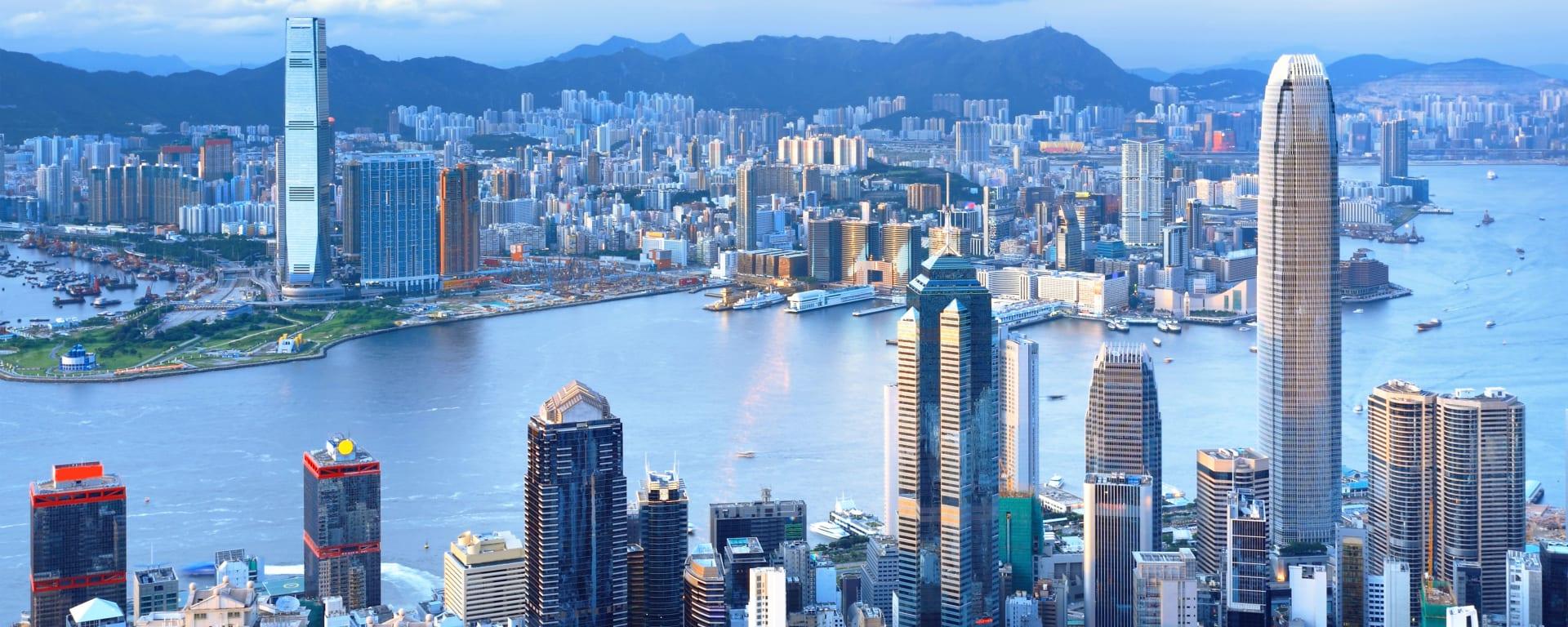 Hong Kong entdecken mit Tischler Reisen: Hong Kong Kowloon Skyline