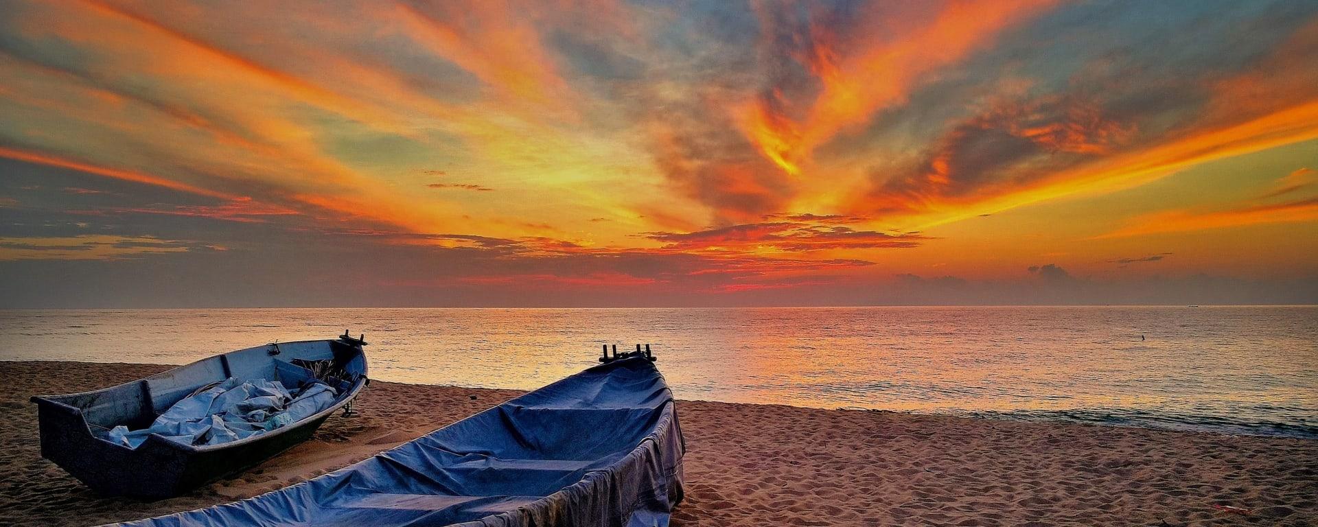 Malaysia entdecken mit Tischler Reisen: Malaysia Dungun Sonnenuntergang