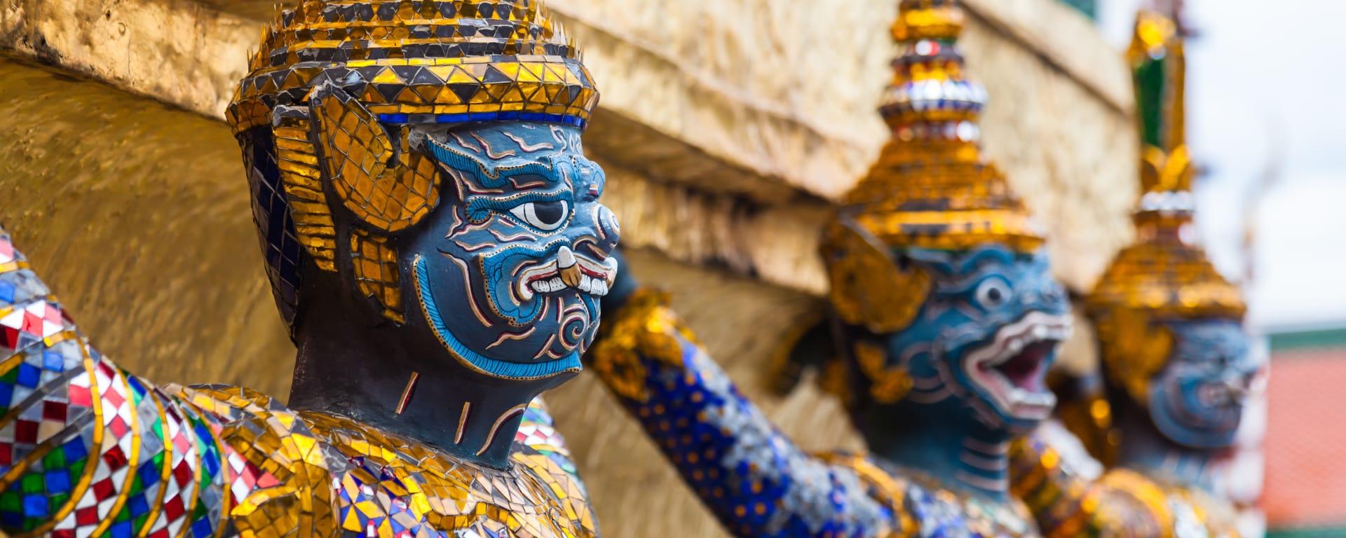 Thailand entdecken mit Tischler Reisen: Thailand Bangkok Grand Palace Statuen