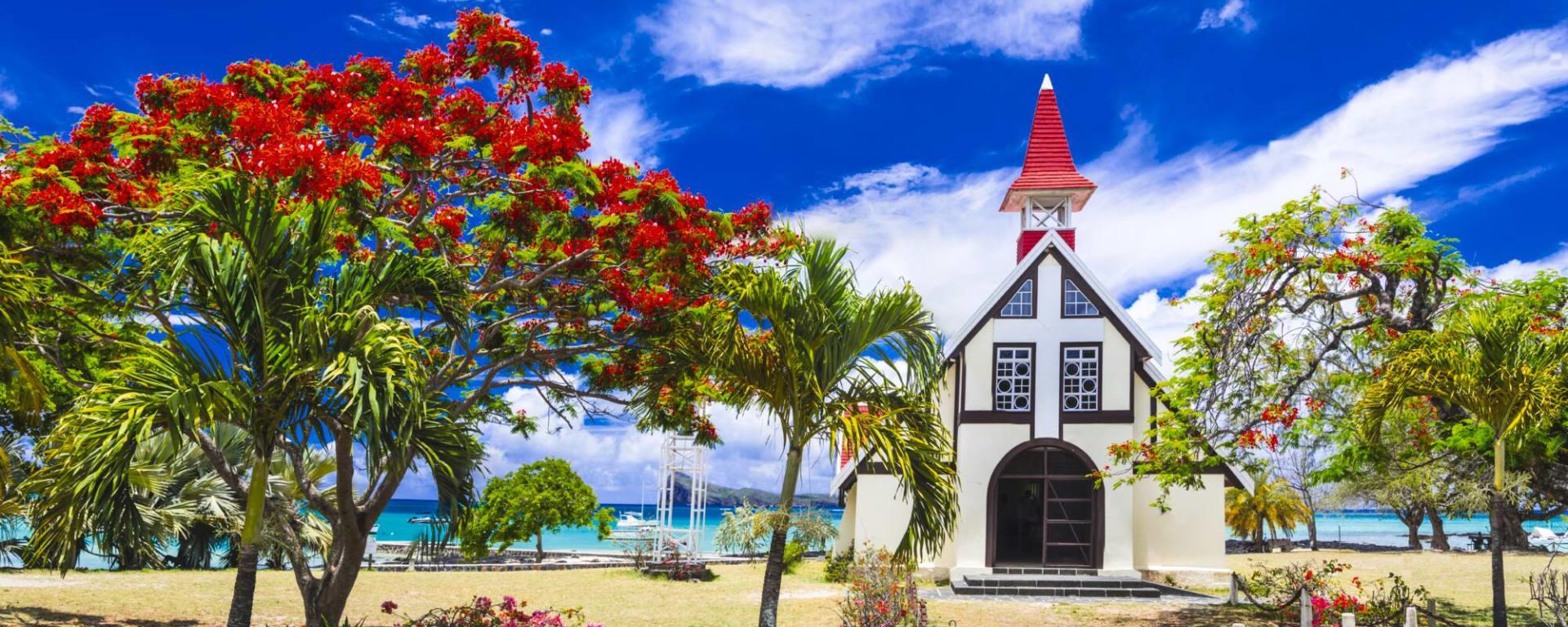 Mauritius entdecken mit Tischler Reisen: Mauritius Cap Malheureux Kirche