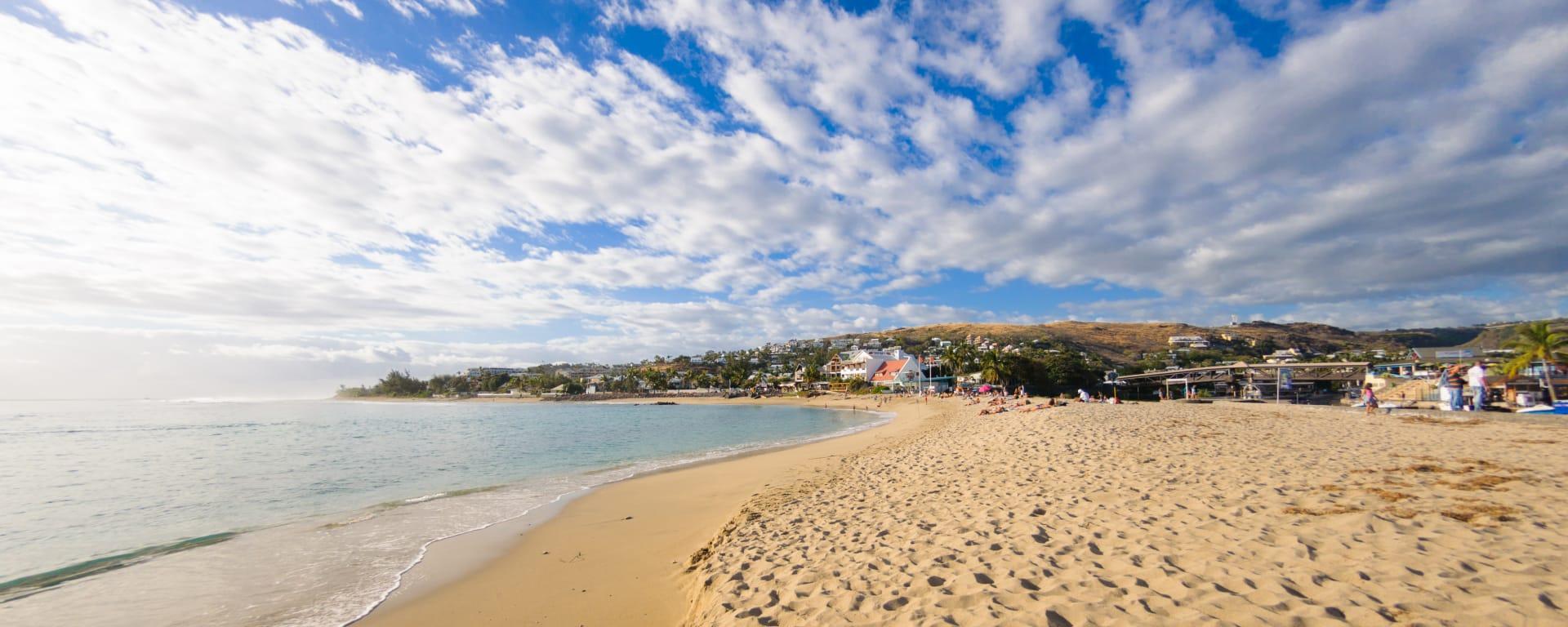 Réunion entdecken mit Tischler Reisen: Reunion Strand Saint Gilles