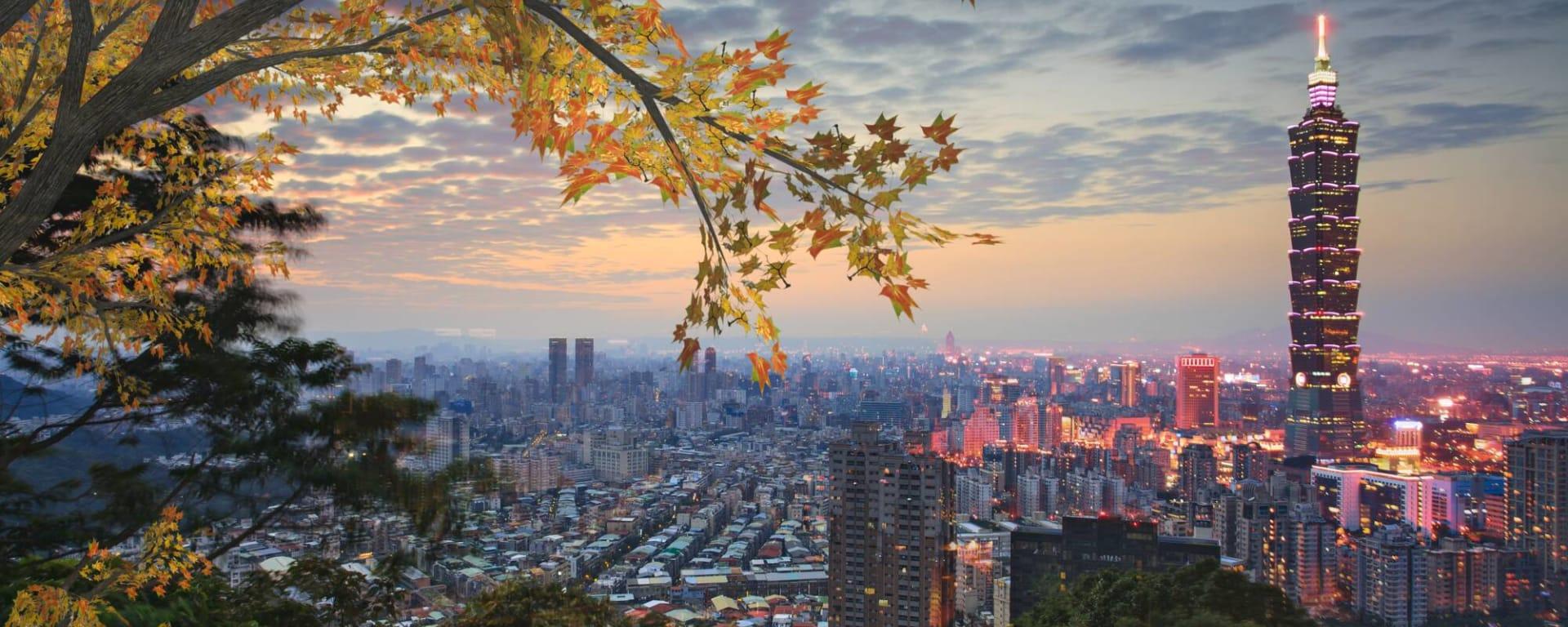 Taiwan entdecken mit Tischler Reisen: Taiwan Taipei Panorama