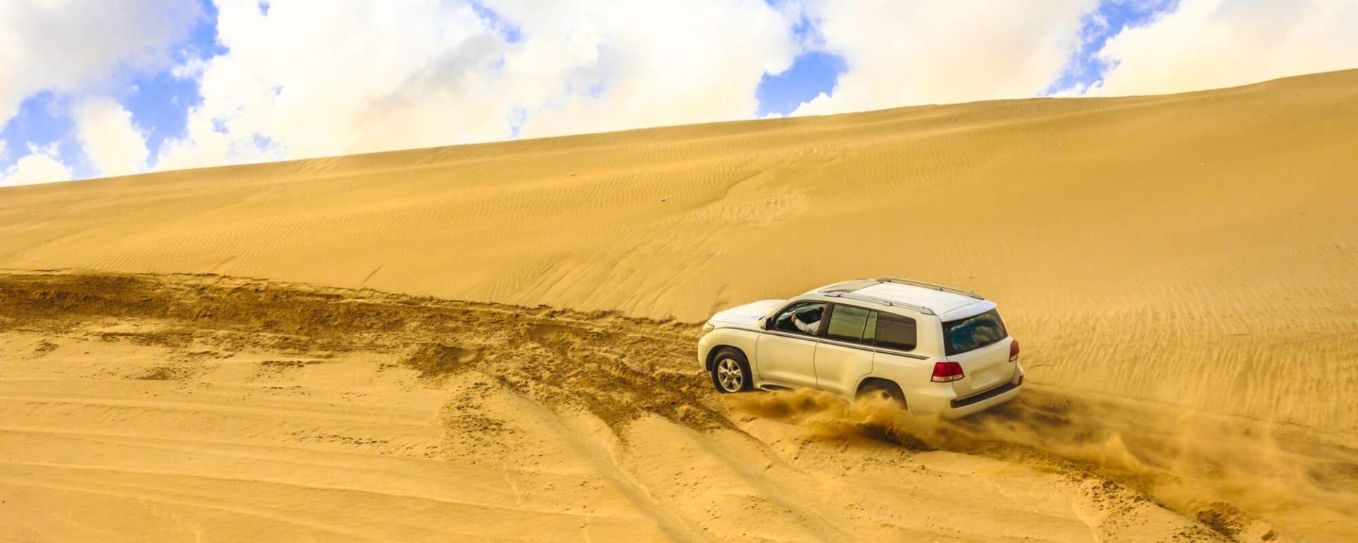 Qatar entdecken mit Tischler Reisen: Qatar Wueste Dune Bashing