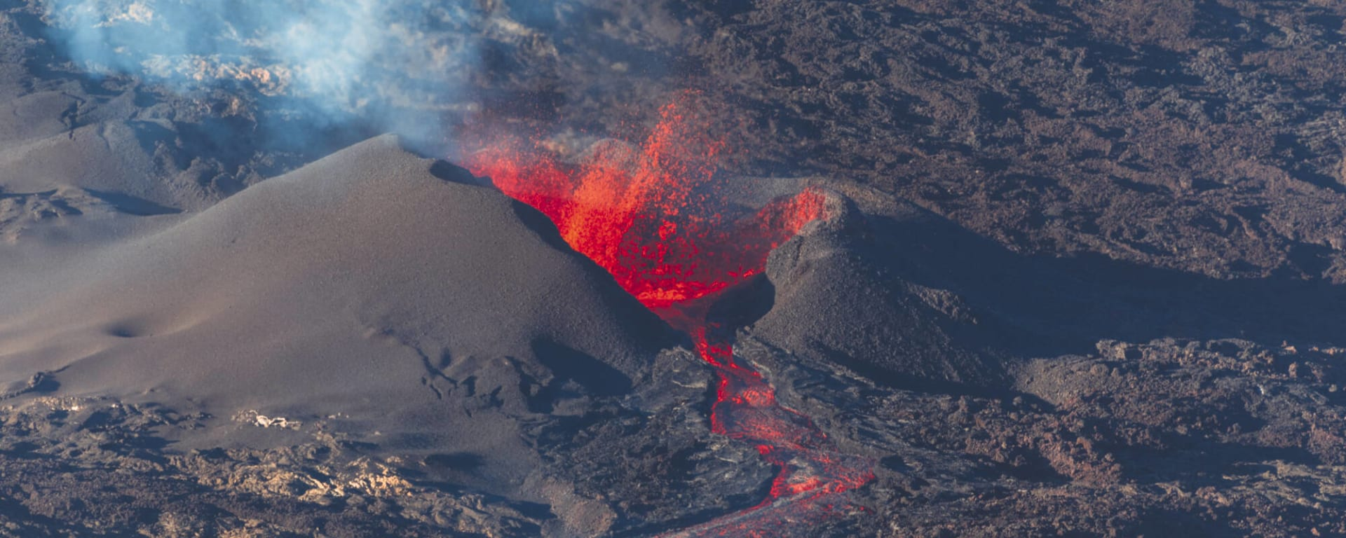 Höhepunkte La Réunion ab Küstenregion: Reunion Vulkan Caldera