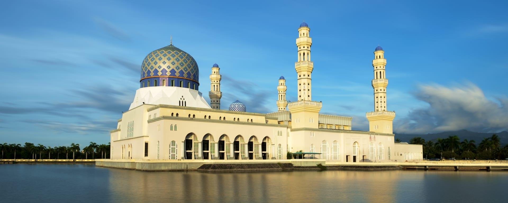 Borneo entdecken mit Tischler Reisen: Borneo Kota Kinabalu Moschee