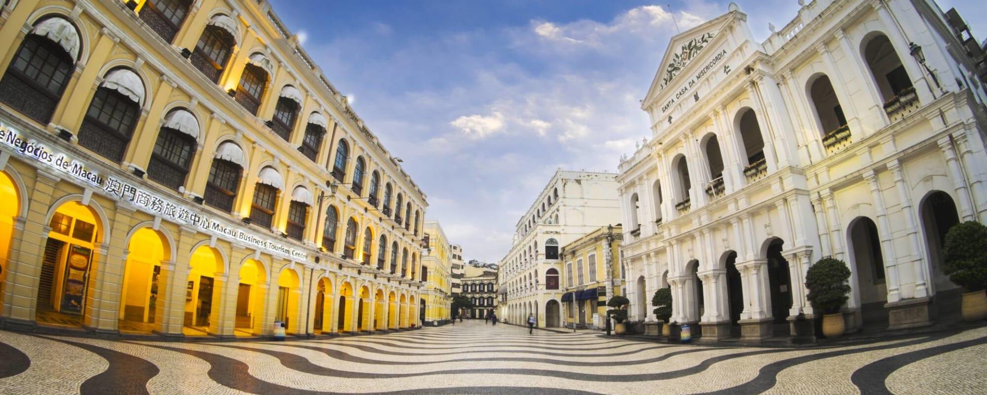 Macau entdecken mit Tischler Reisen: Macau Altstadt Senado Platz