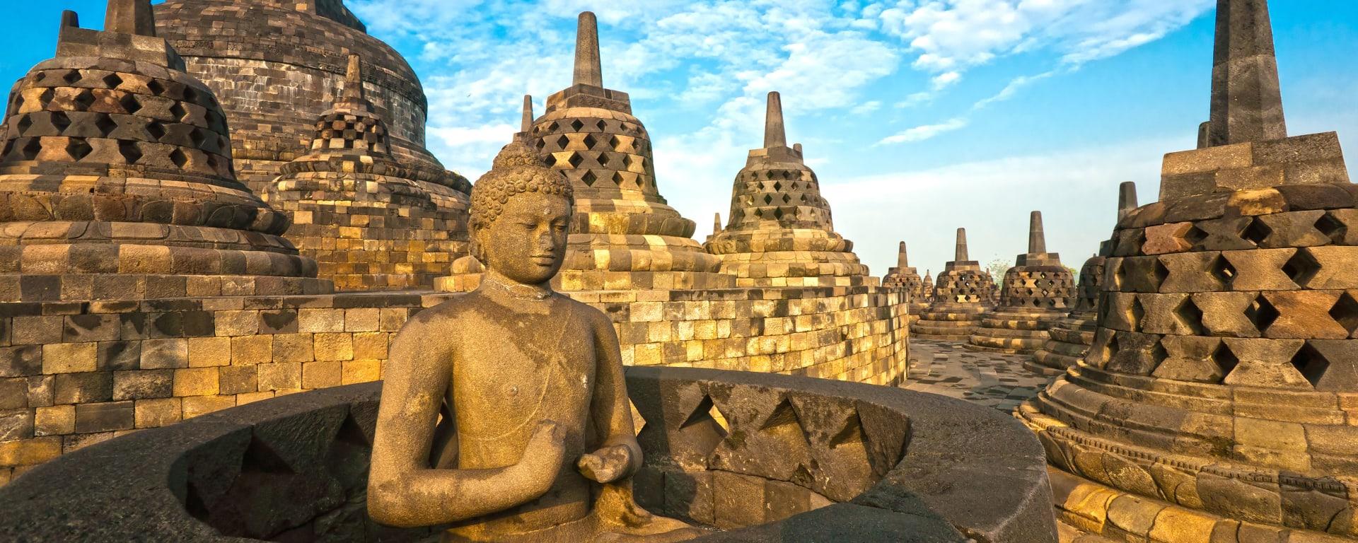 Indonesien entdecken mit Tischler Reisen: Indonesien Java Borobudur