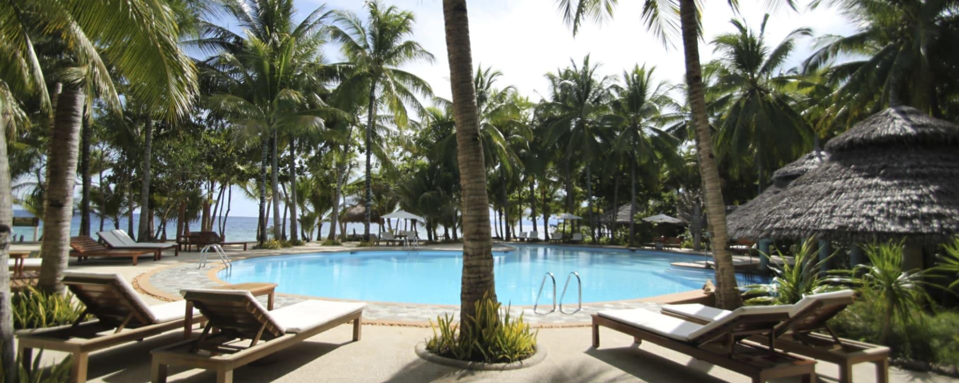 Coco Grove Beach Resort in Siquijor: Coco Grove Beach Resort Pool
