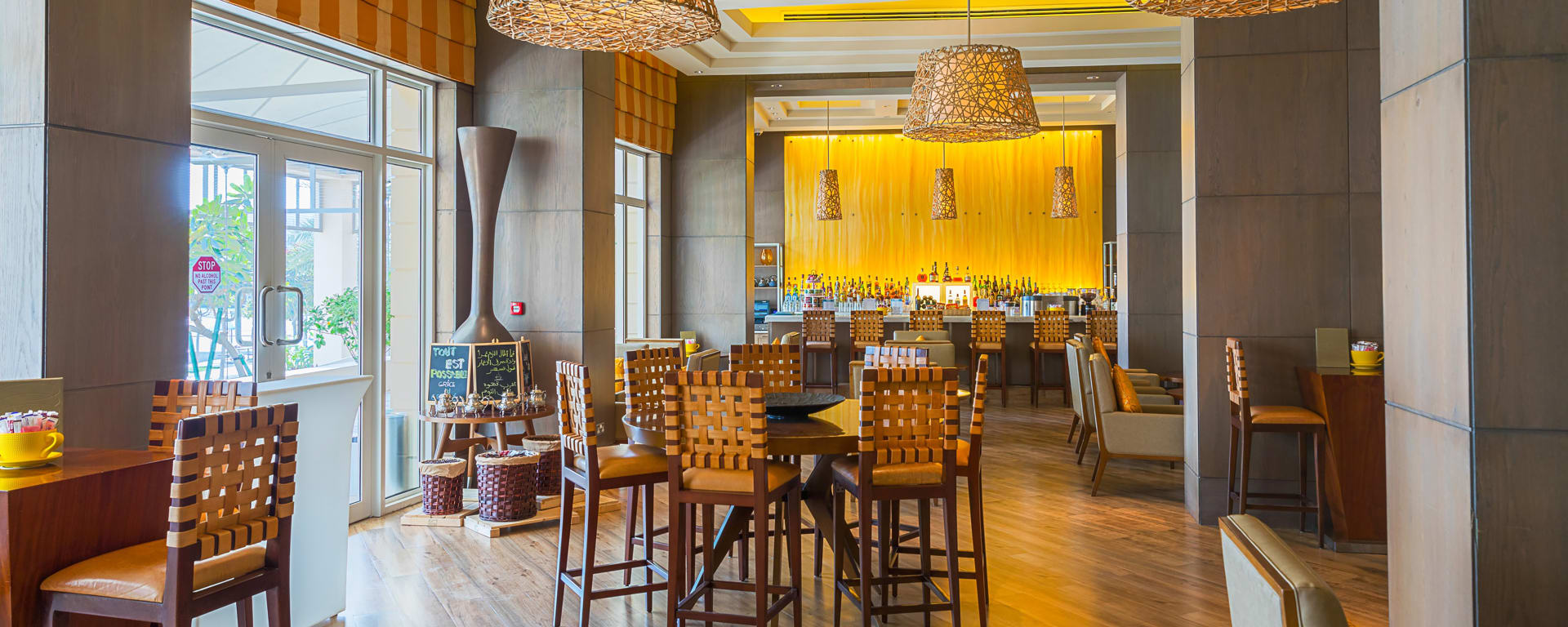 Barcelo Mussanah Resort in Küste: Mussanah Millennium Resort Mussanah Bar