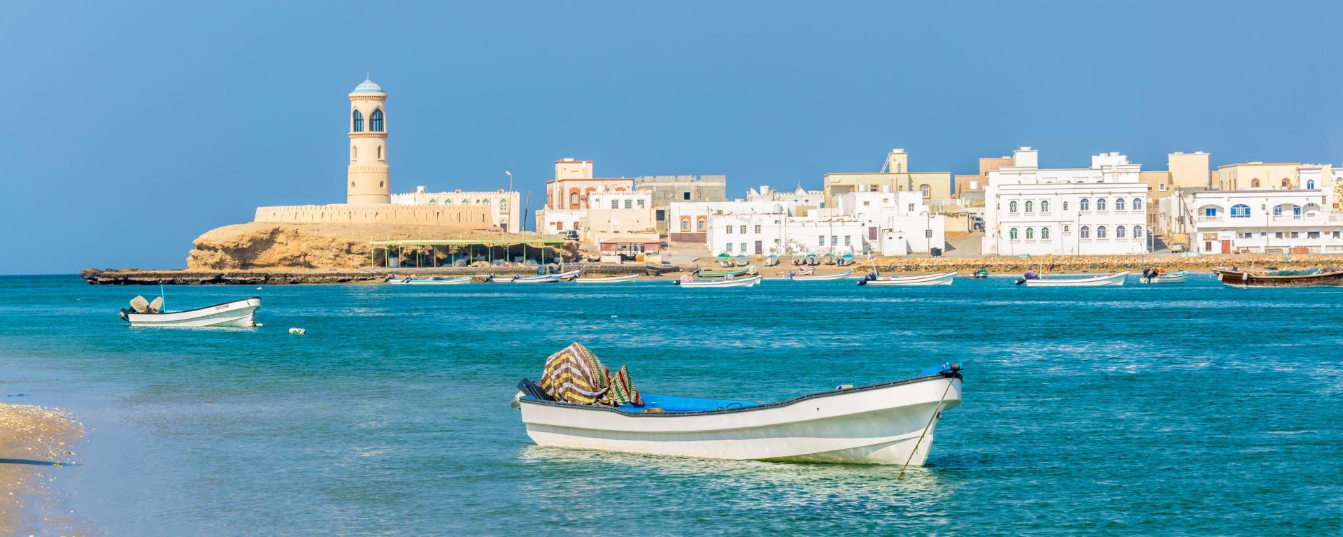 Oman entdecken mit Tischler Reisen: Oman Sur