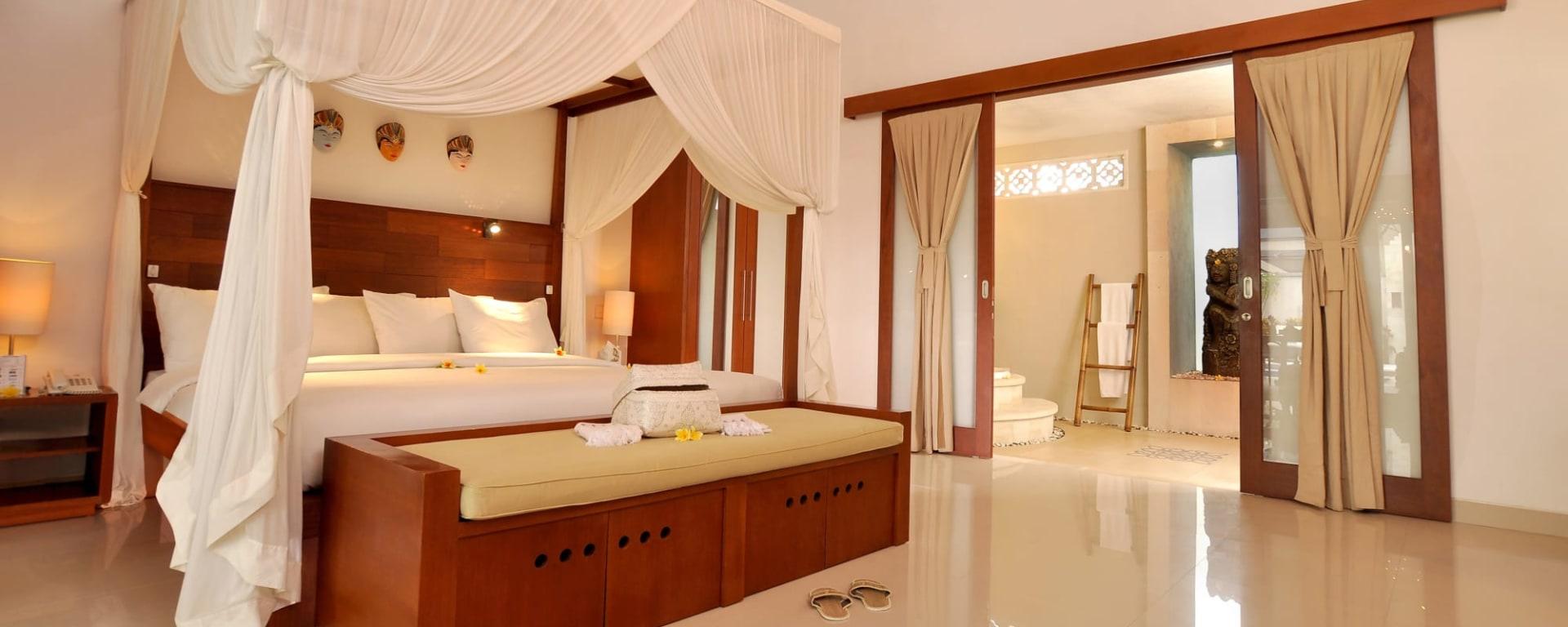 Puri Mas Beach Resort in Lombok: Lombok Puri Mas Reach Resort Pool Villa