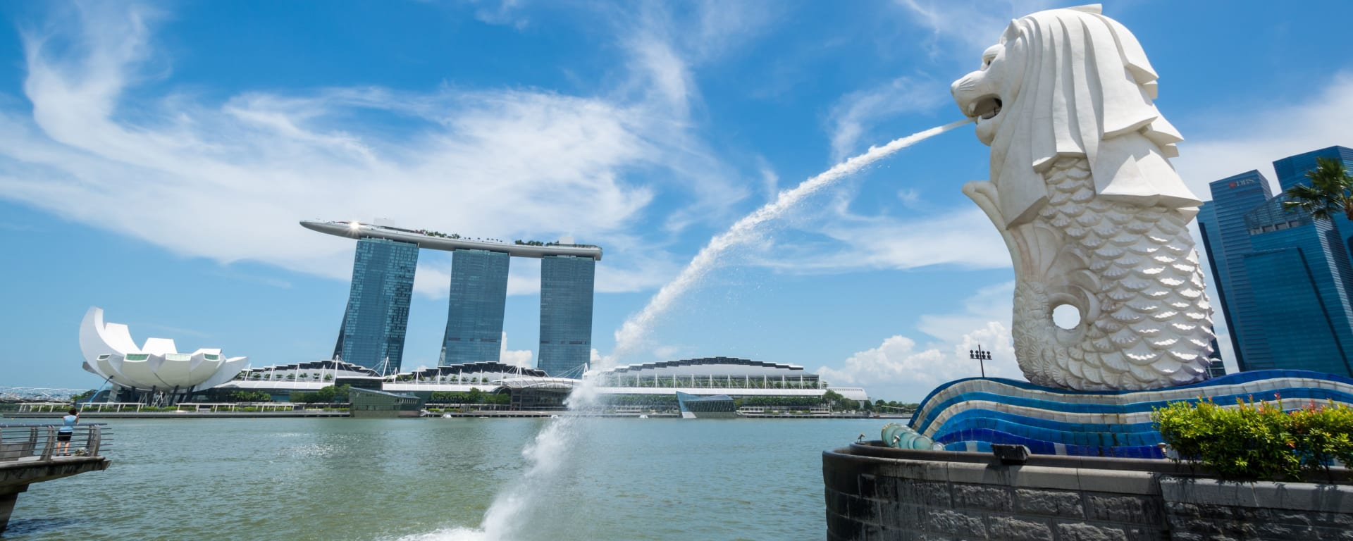 Singapur entdecken mit Tischler Reisen: Singapur Merlion Marina Bay