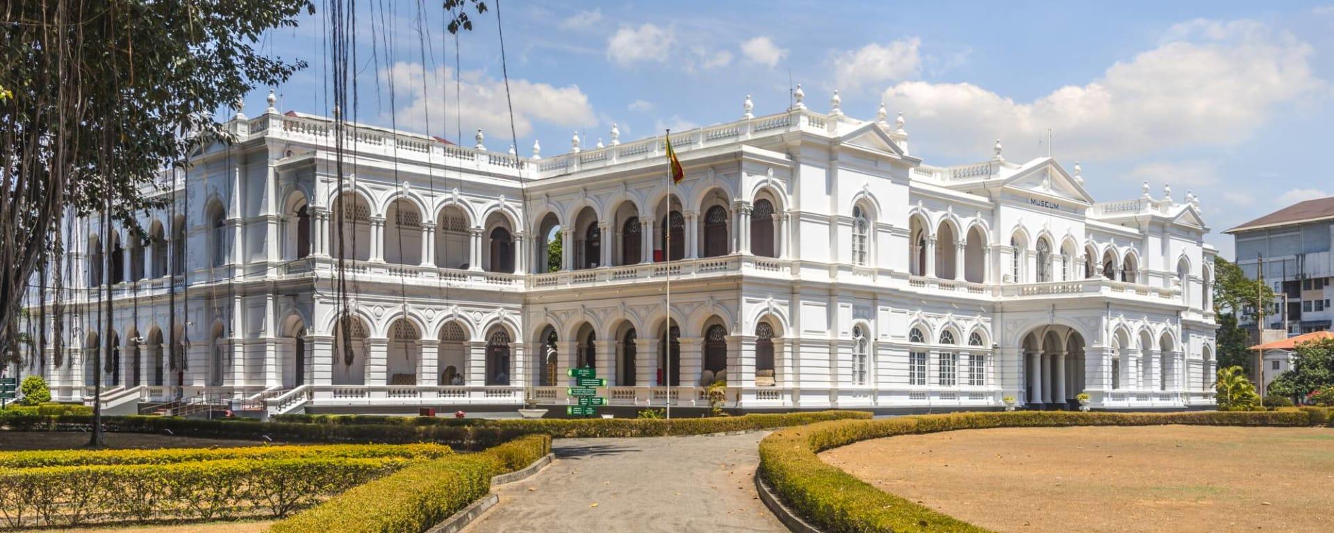 Sri Lanka entdecken mit Tischler Reisen: Sri Lanka Colombo National Museum