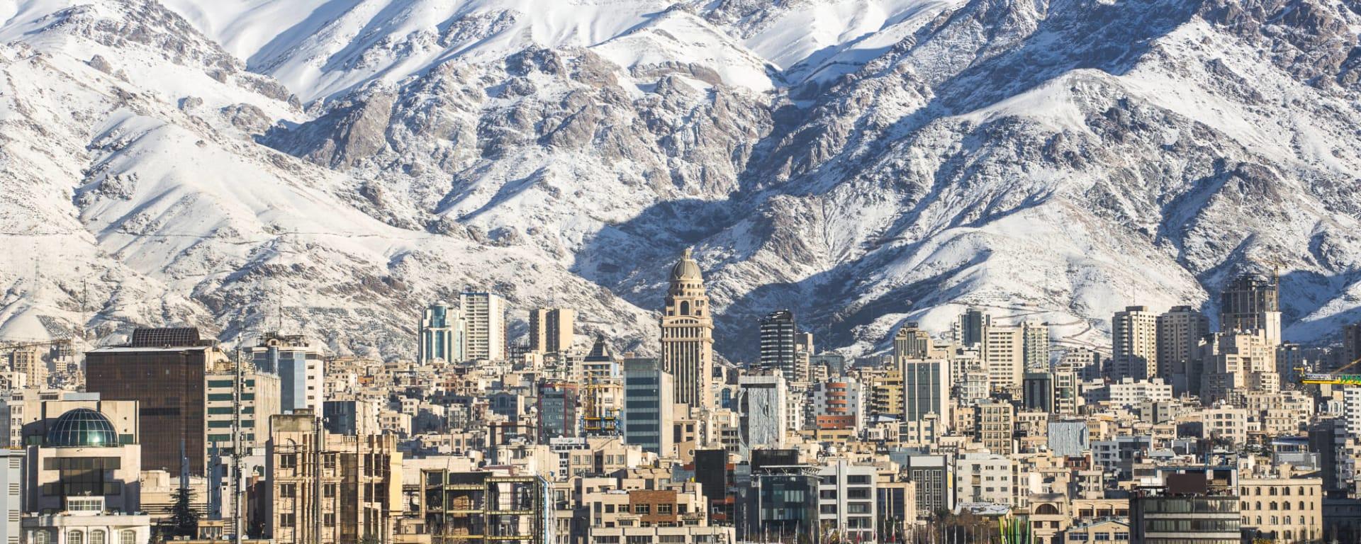 Iran entdecken mit Tischler Reisen: Iran Teheran Berge Winter