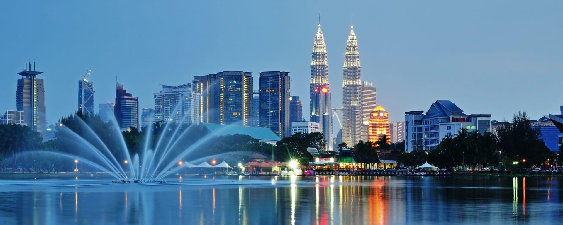 Malaysia entdecken mit Tischler Reisen: Malaysia Kuala Lumpur Skyline