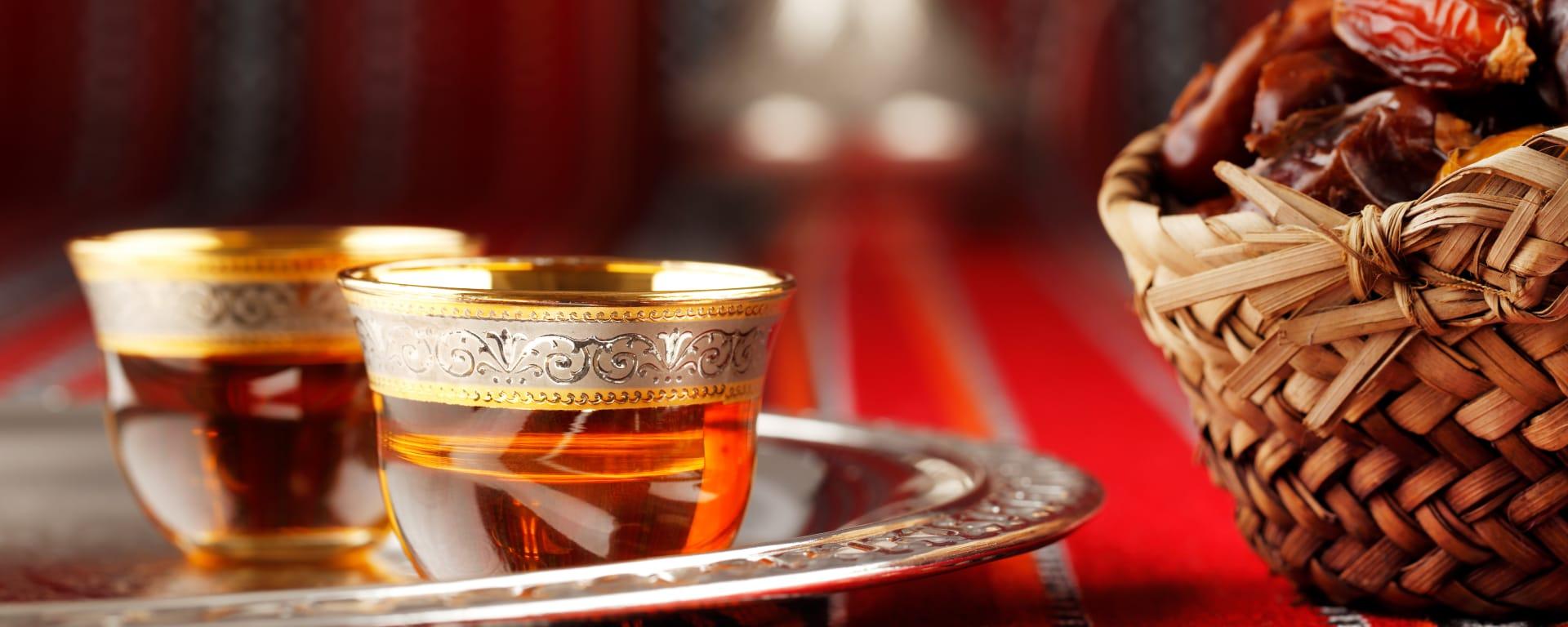 Saudi Arabien entdecken mit Tischler Reisen: Saudi Arabien Orientalisches Willkommen