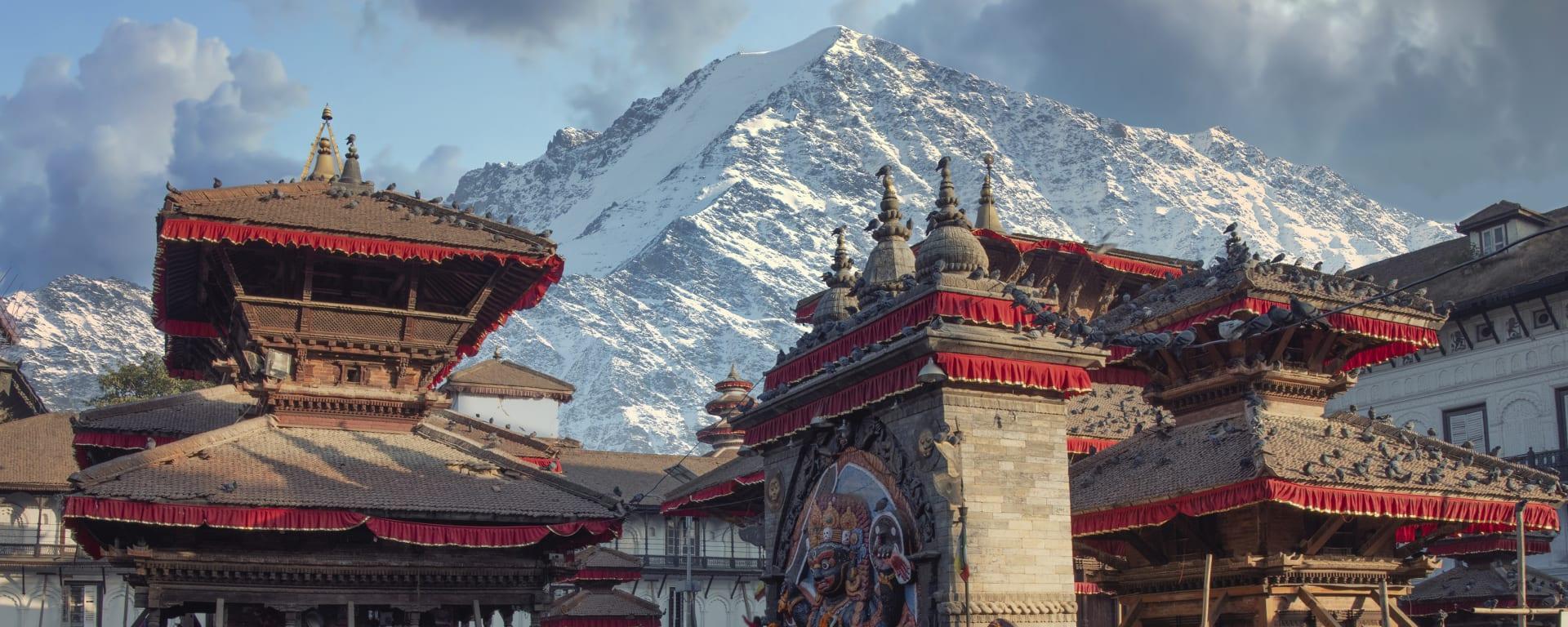Nepal entdecken mit Tischler Reisen: Nepal Patan Kathmandu Tal