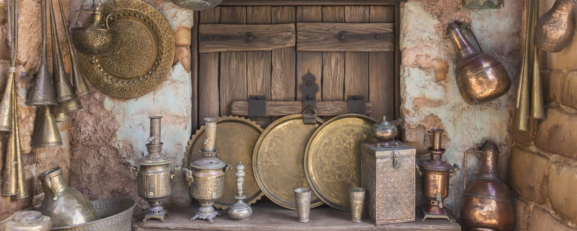 Qatar entdecken mit Tischler Reisen: Qatar Tradition Arabische Kupferwaren
