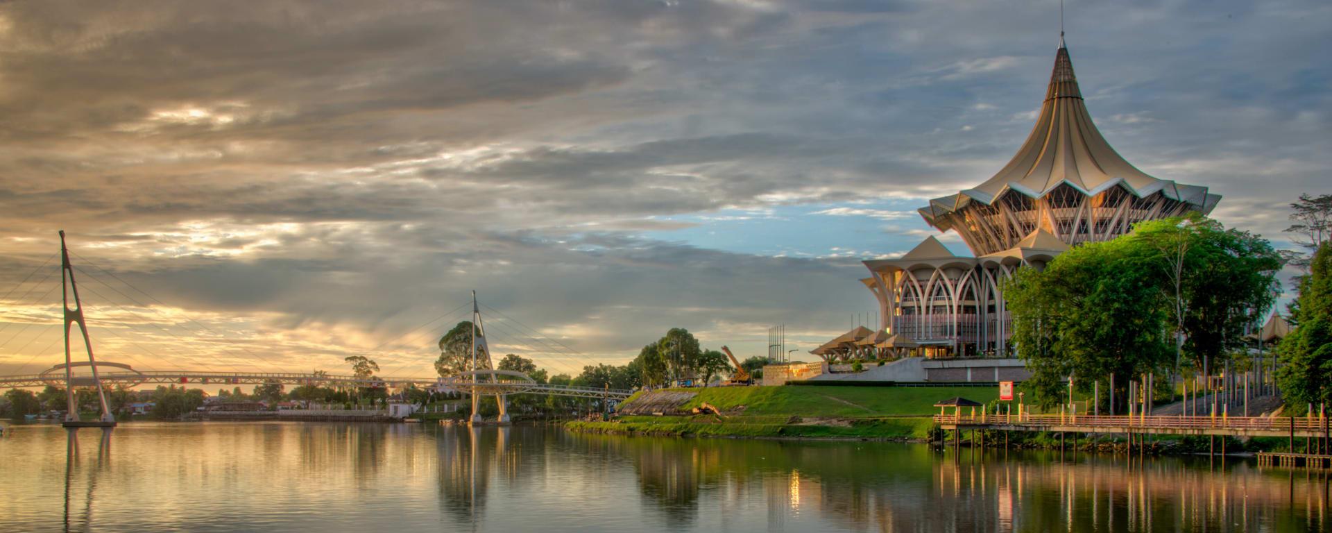 Borneo entdecken mit Tischler Reisen: Malaysia Borneo Sarawak Kuching