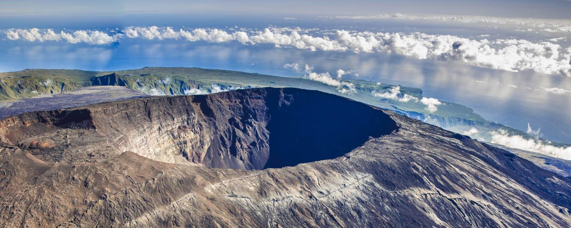 Réunion entdecken mit Tischler Reisen: Reunion Piton de la Fournaise Krater