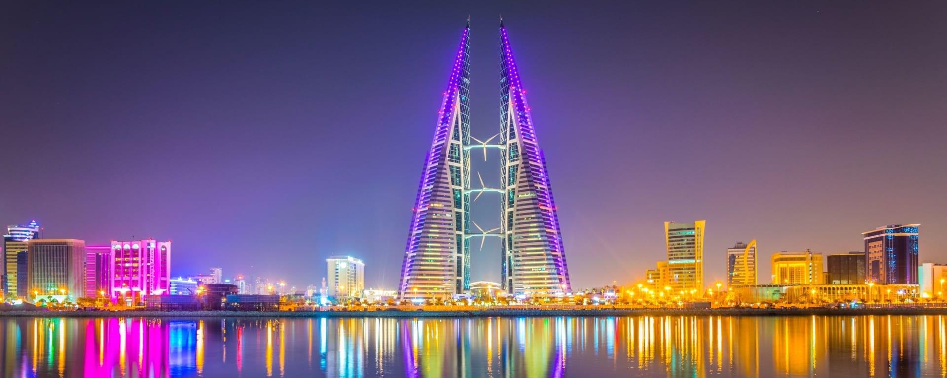 Bahrain entdecken mit Tischler Reisen: Bahrain Manama Skyline