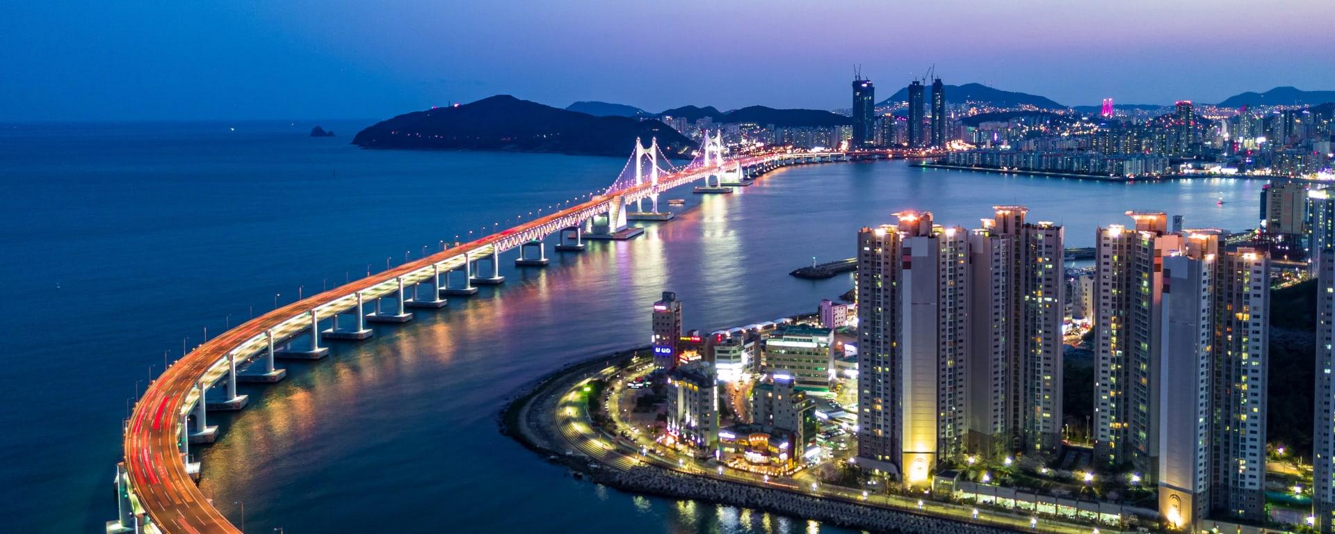 Südkorea entdecken mit Tischler Reisen: Korea Busan Skyline Gwangan Bruecke