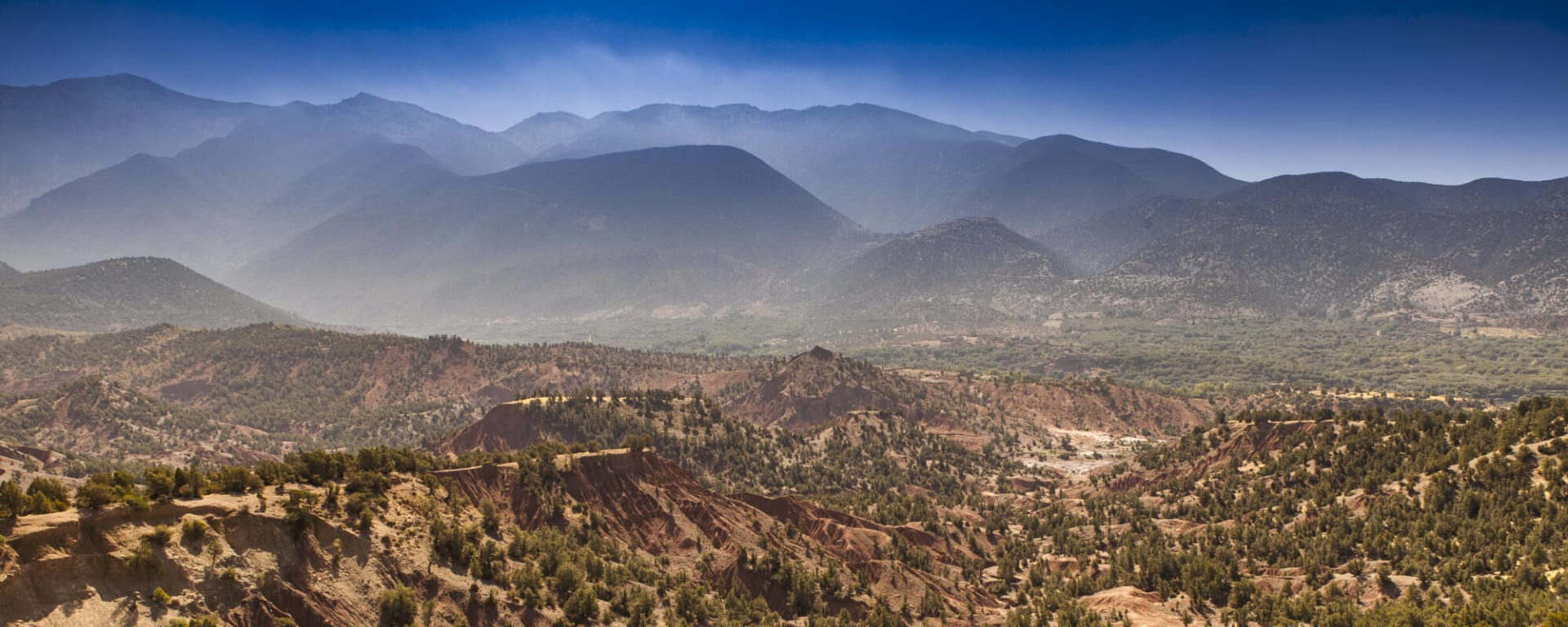 Südmarokko - Atlas & Wüste ab Marrakesch: Marokko Atlas Gebirge Landschaft