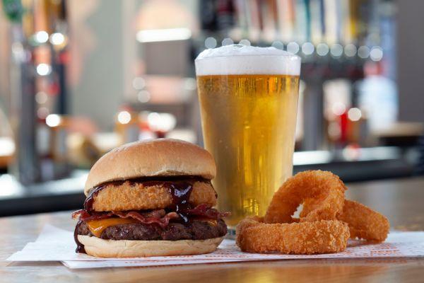 BurgerIM Murfreesboro of ,  Coupons and Deals