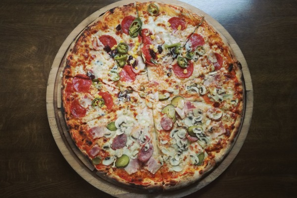 Spooky's Pizza Coupons and Deals