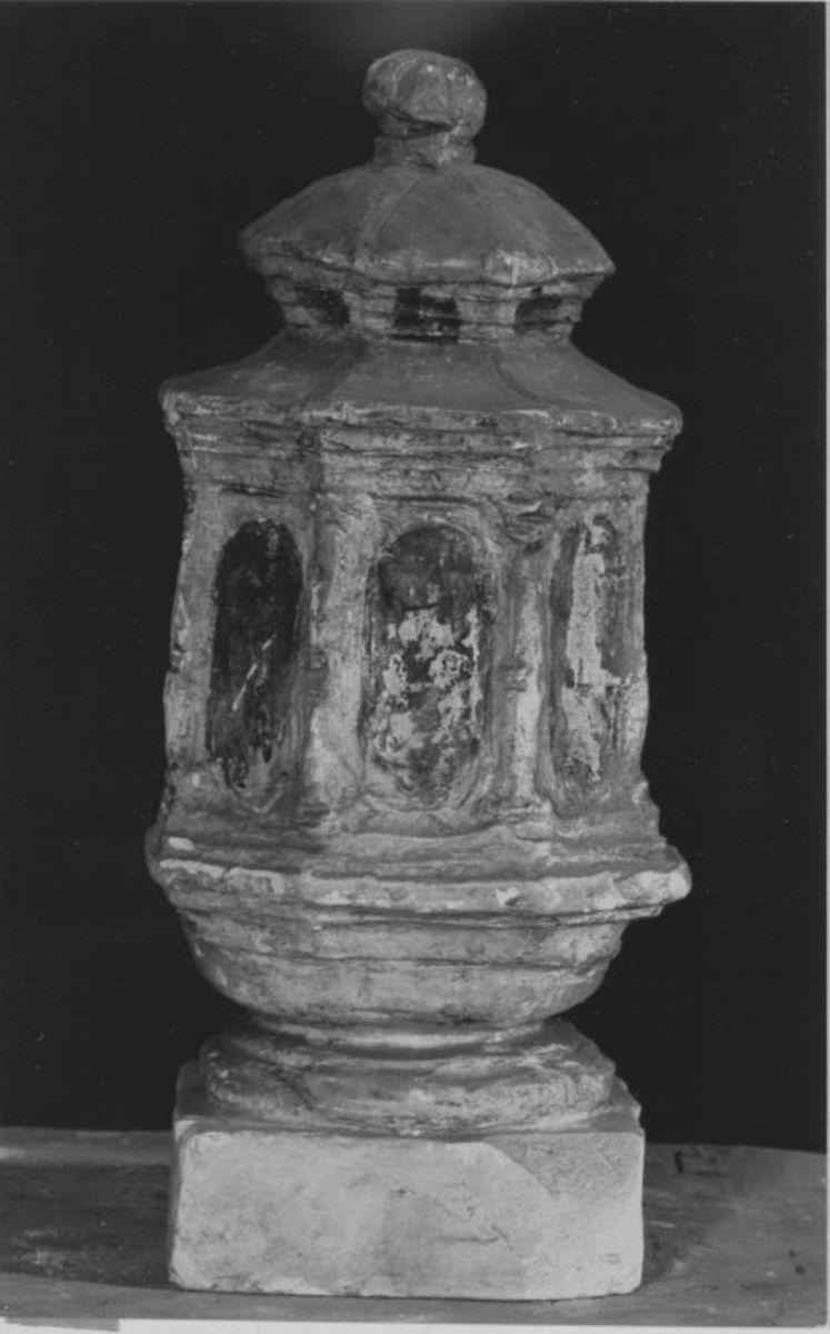 Modell einer Laterne für das Grabmal von Maximilian Fürst zu Hohenlohe-Ingelfingen in Slawentzitz