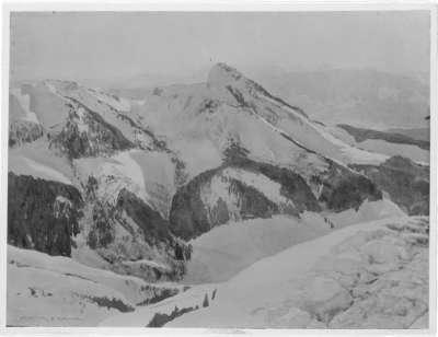 Der Spitzstein von Norden