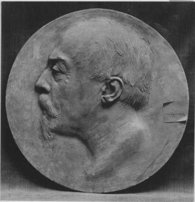 Der Dirigent Hans von Bülow (Modell des Bildnistondos am Grabmal Bülows in Hamburg)