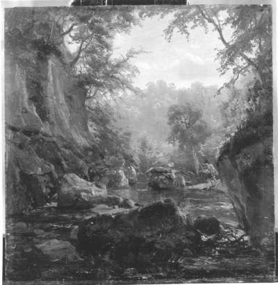 Bachbett zwischen Felsen