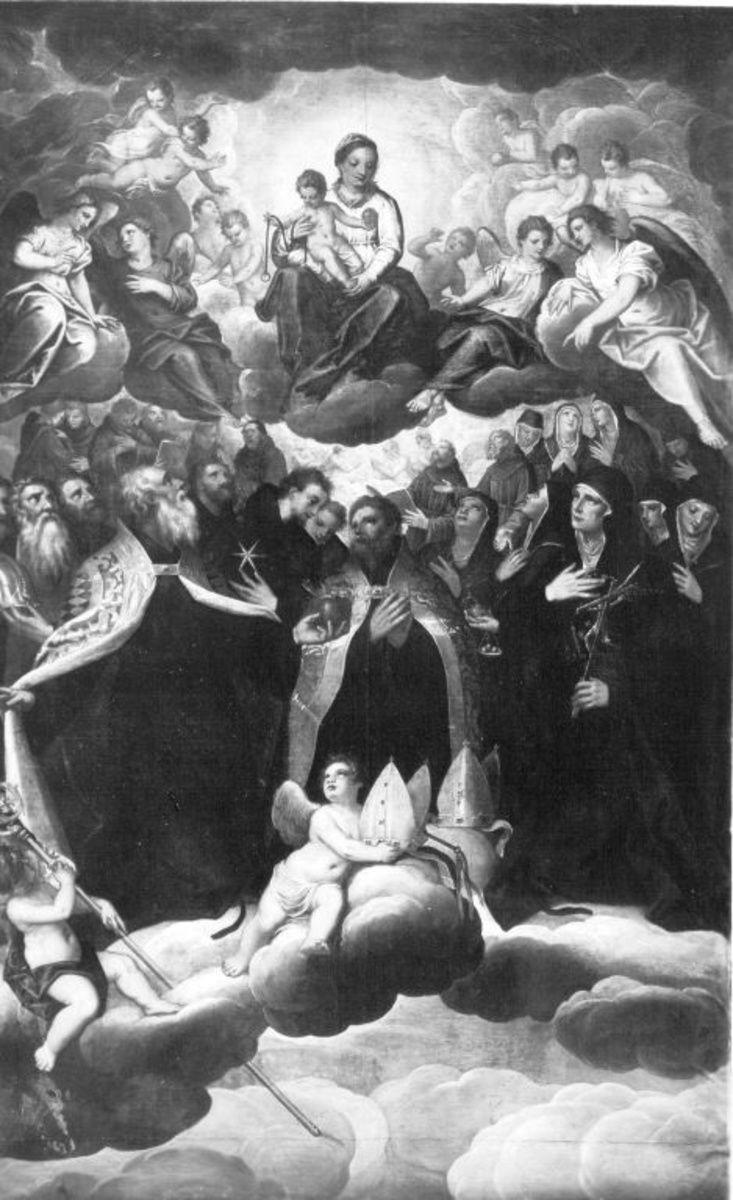Maria mit Kind, von Heiligen verehrt