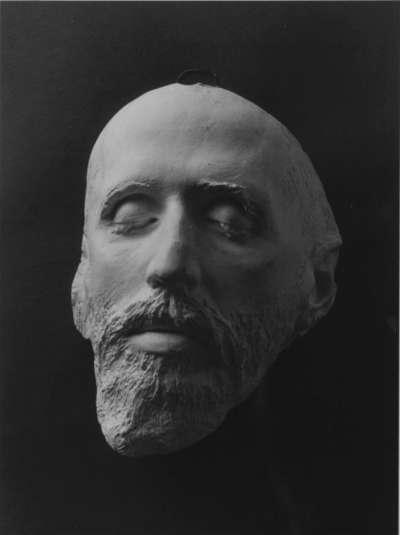 Totenmaske des Malers Hans von Marées
