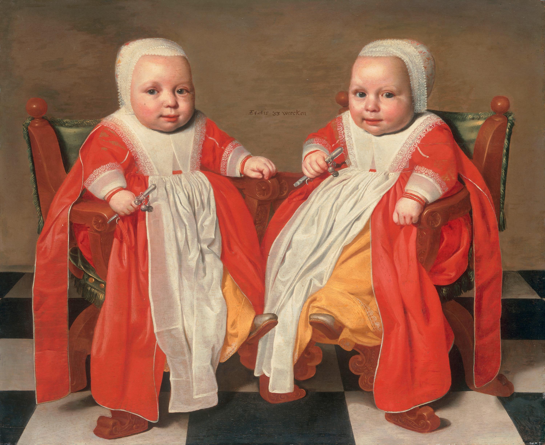 Die Zwillinge im Alter von 33 Wochen