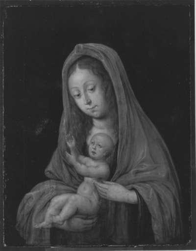 Maria mit Kind und einem Schmetterling