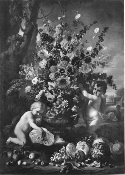 Blumen, Früchte und Kinder am Boden eines Gartens