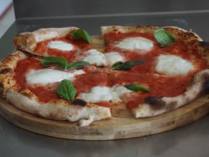 La magia della pizza napoletana